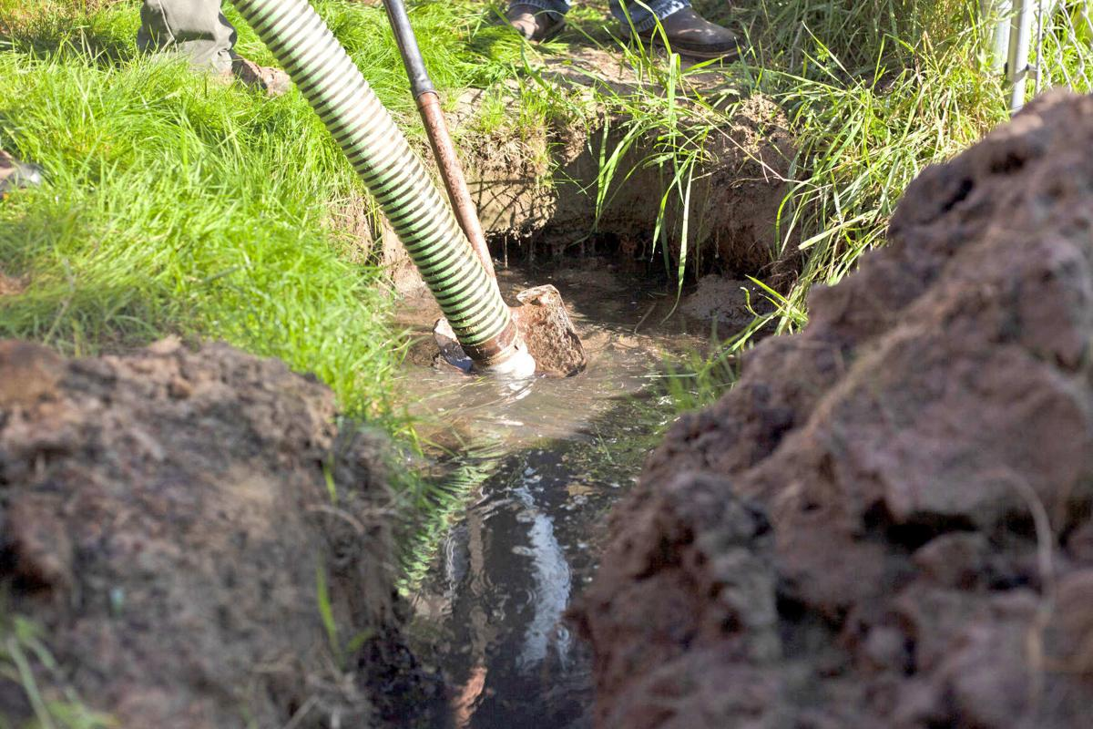 How much septic tank pumping cost-San Diego Septic Tank Repair, Installation, & Pumping Service Pros-We do septic tank pumping, tank repairs, septic tank installations, 24/7 emergency septic services, septic tank replacement, inspections, drain cleaning, high velocity water jetting, septic system cleaning, pump-outs, septic tank maintenance, and more