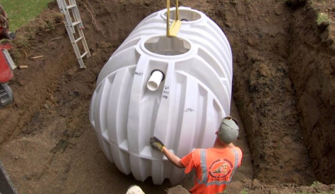 Septic tank 1200 gallon-San Diego Septic Tank Repair, Installation, & Pumping Service Pros-We do septic tank pumping, tank repairs, septic tank installations, 24/7 emergency septic services, septic tank replacement, inspections, drain cleaning, high velocity water jetting, septic system cleaning, pump-outs, septic tank maintenance, and more