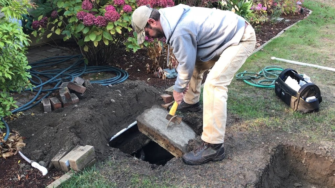 Septic tank inspection-San Diego Septic Tank Repair, Installation, & Pumping Service Pros-We do septic tank pumping, tank repairs, septic tank installations, 24/7 emergency septic services, septic tank replacement, inspections, drain cleaning, high velocity water jetting, septic system cleaning, pump-outs, septic tank maintenance, and more