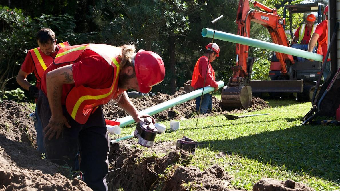 Septic tank service near me-San Diego Septic Tank Repair, Installation, & Pumping Service Pros-We do septic tank pumping, tank repairs, septic tank installations, 24/7 emergency septic services, septic tank replacement, inspections, drain cleaning, high velocity water jetting, septic system cleaning, pump-outs, septic tank maintenance, and more